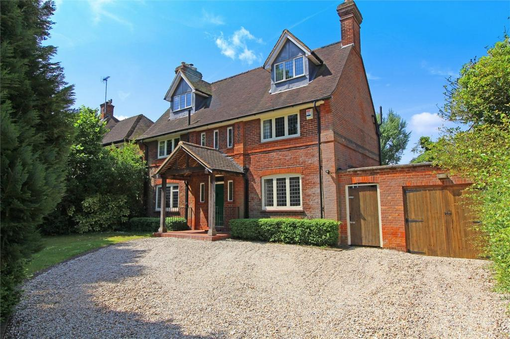5 Bedrooms Detached House for sale in Willian Way, Letchworth Garden City, Hertfordshire