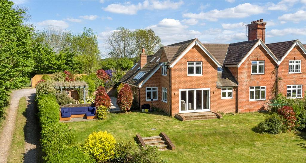 4 Bedrooms Detached House for sale in Manor Cottages, Mount Lane, Lockerley, Hampshire, SO51