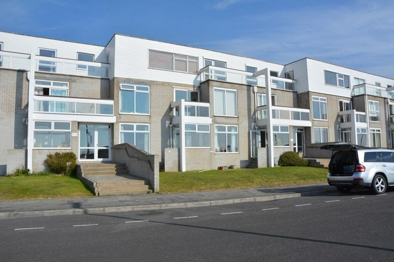 2 Bedrooms Flat for sale in South Esplanade, Burnham-On-Sea