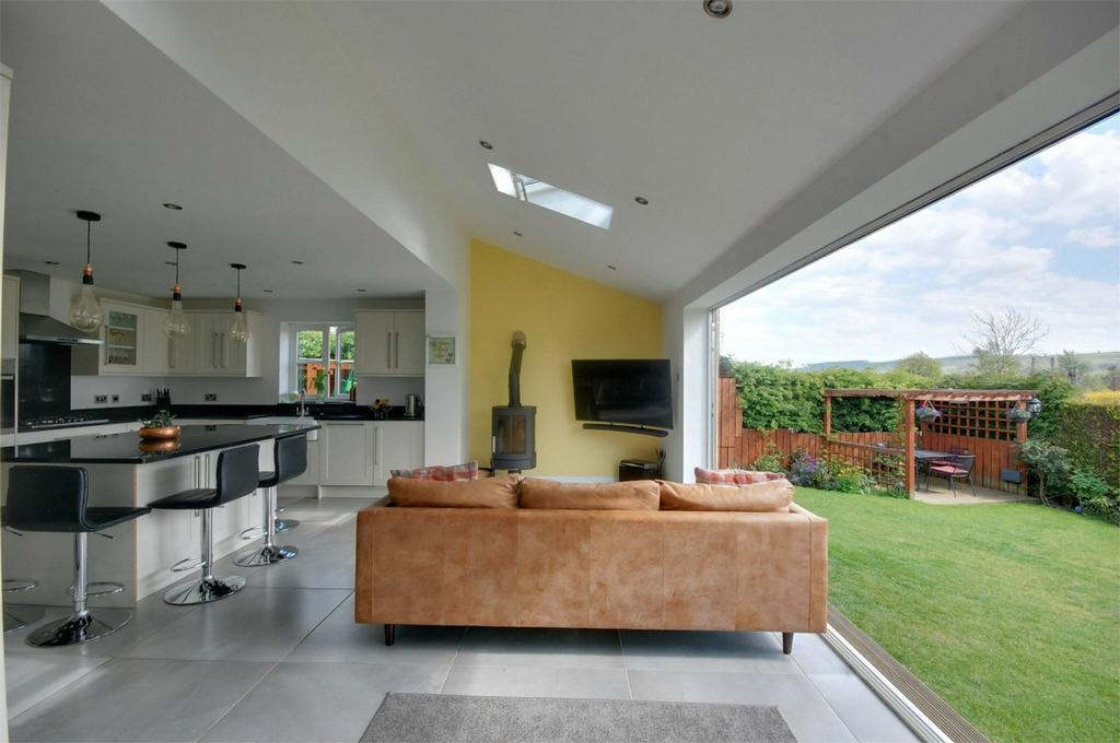 5 Bedrooms Detached House for sale in Gateways, Wolsingham, Bishop Auckland, County Durham
