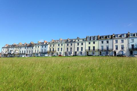7 bedroom terraced house for sale - Montpelier Terrace, Ilfracombe