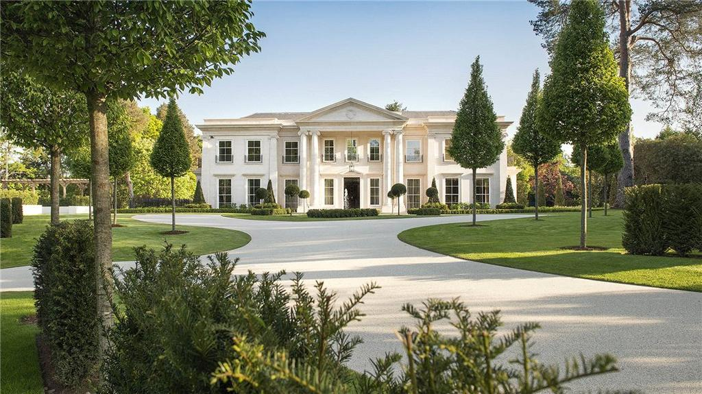 6 Bedrooms Detached House for sale in Portnall Drive, Wentworth, Virginia Water, Surrey, GU25
