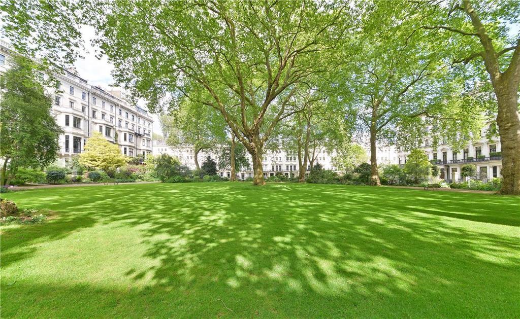 3 Bedrooms Flat for sale in Ennismore Gardens, Knightsbridge, London, SW7