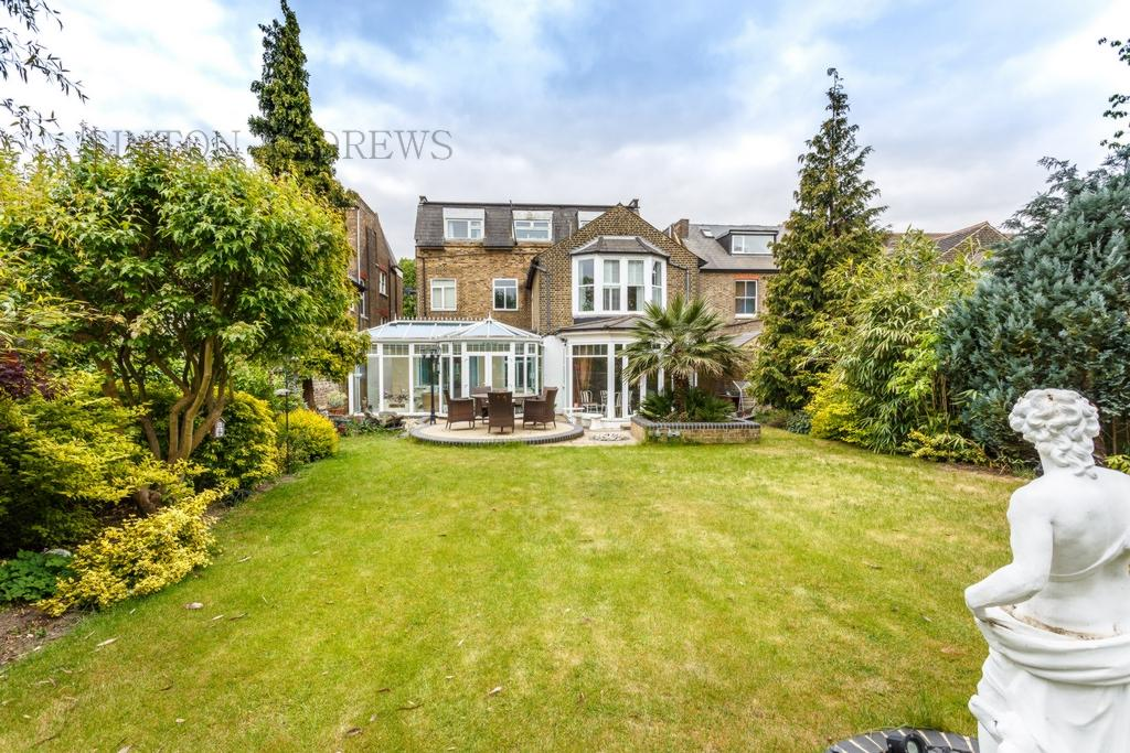 4 Bedrooms Flat for sale in Garden Flat, Madeley Road, Ealing, W5