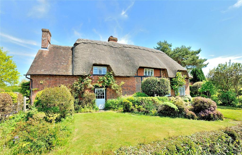 4 Bedrooms Detached House for sale in North Street, Fontmell Magna, Shaftesbury, Dorset