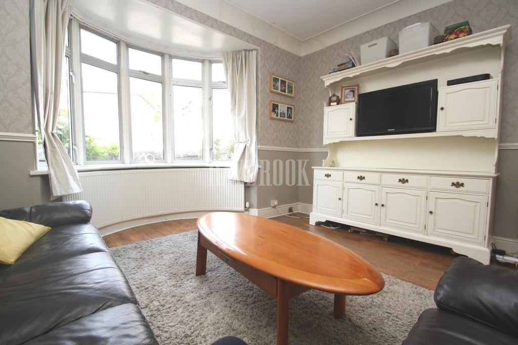 3 Bedrooms Semi Detached House for sale in Tylney Road, Norfolk Park, S2
