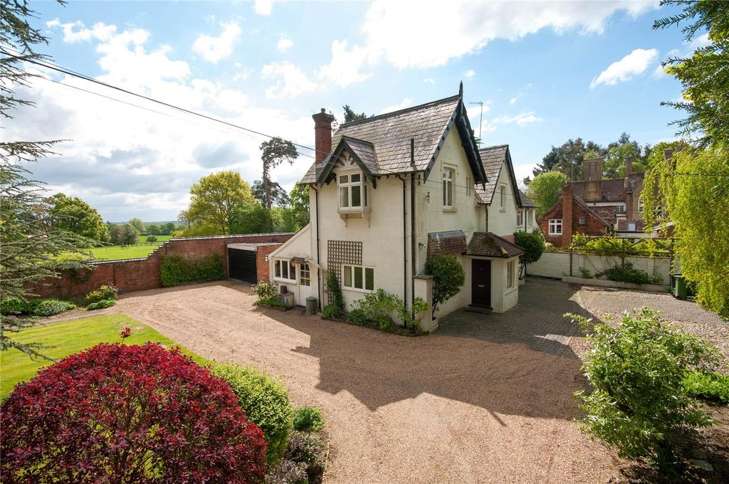 6 Bedrooms Detached House for sale in Mill Road, Holmwood, Dorking, Surrey, RH5