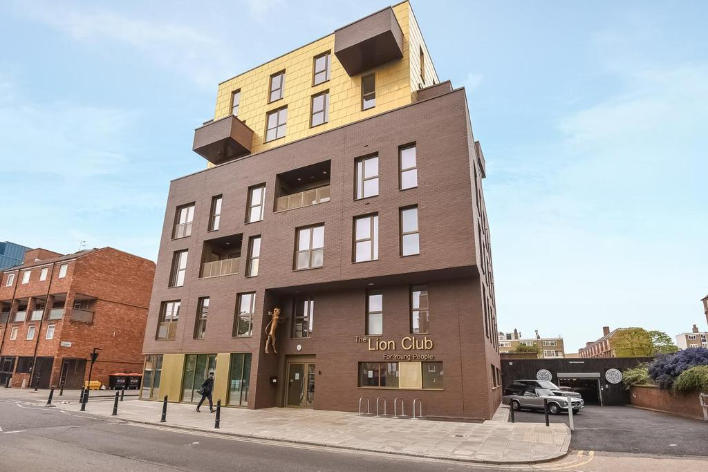 3 Bedrooms Flat for sale in Pitfield Street, Hoxton, N1