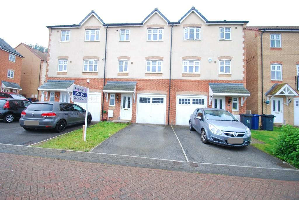 4 Bedrooms Town House for sale in Redhill Court, Barnsley S75
