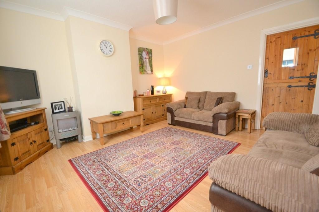 3 Bedrooms Terraced House for sale in North Avenue, Chelmsford