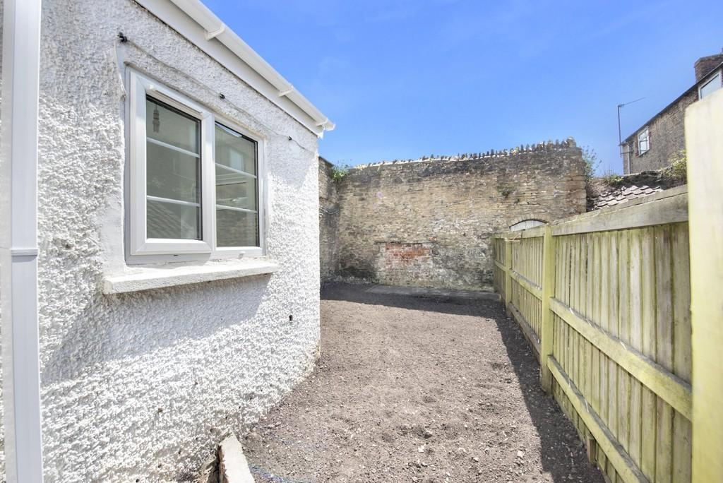 Bed House For Sale In Frome