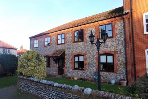 2 bedroom flat to rent - West Runton
