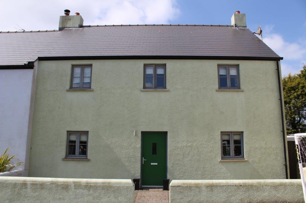 4 Bedrooms Semi Detached House for sale in Rosehill Court, Haverfordwest
