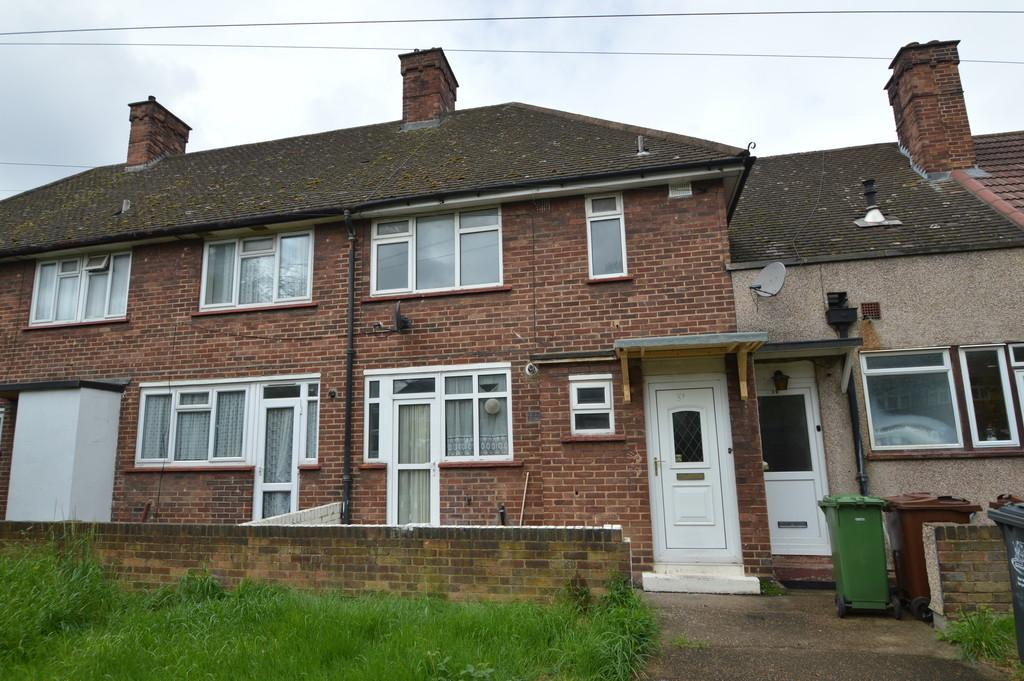2 Bedrooms Terraced House for sale in Bevan Avenue, Barking