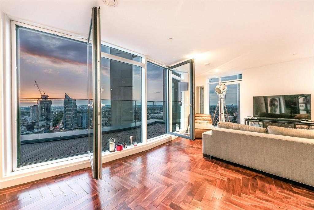 2 Bedrooms Penthouse Flat for sale in Eagle Point, City Road, Old Street, London, EC1V