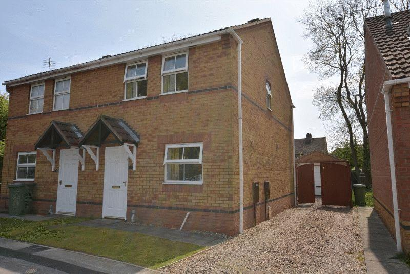 3 Bedrooms Semi Detached House for sale in Roman Way, Scunthorpe
