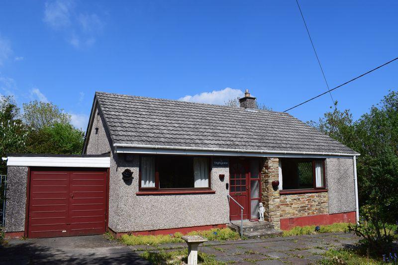 2 Bedrooms Detached Bungalow for sale in St Cleer, Liskeard