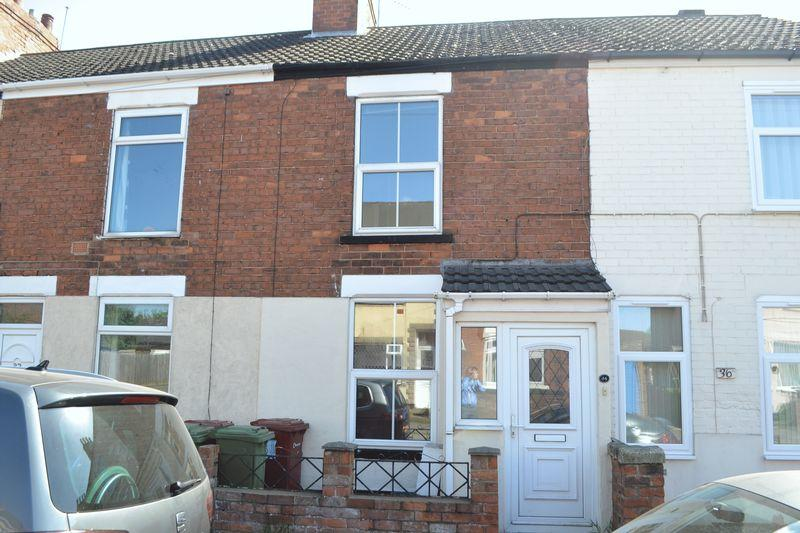 2 Bedrooms Terraced House for sale in Victoria Road, Scunthorpe