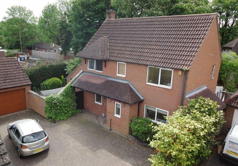4 Bedrooms Detached House for sale in Chalton