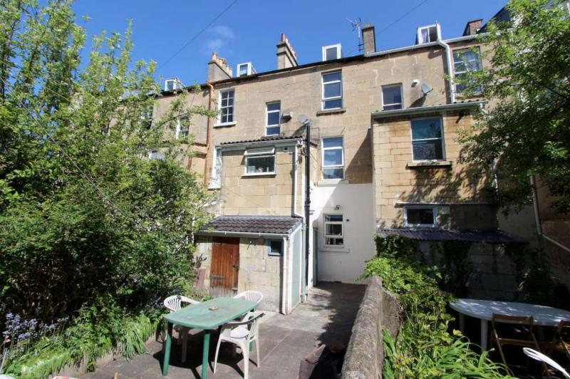 5 Bedrooms Terraced House for sale in St Georges Buildings, Upper Bristol Road