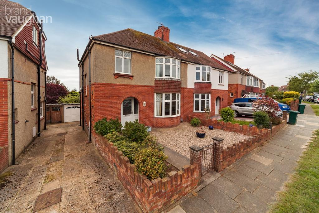 3 Bedrooms Semi Detached House for sale in Meadway Crescent, HOVE, BN3