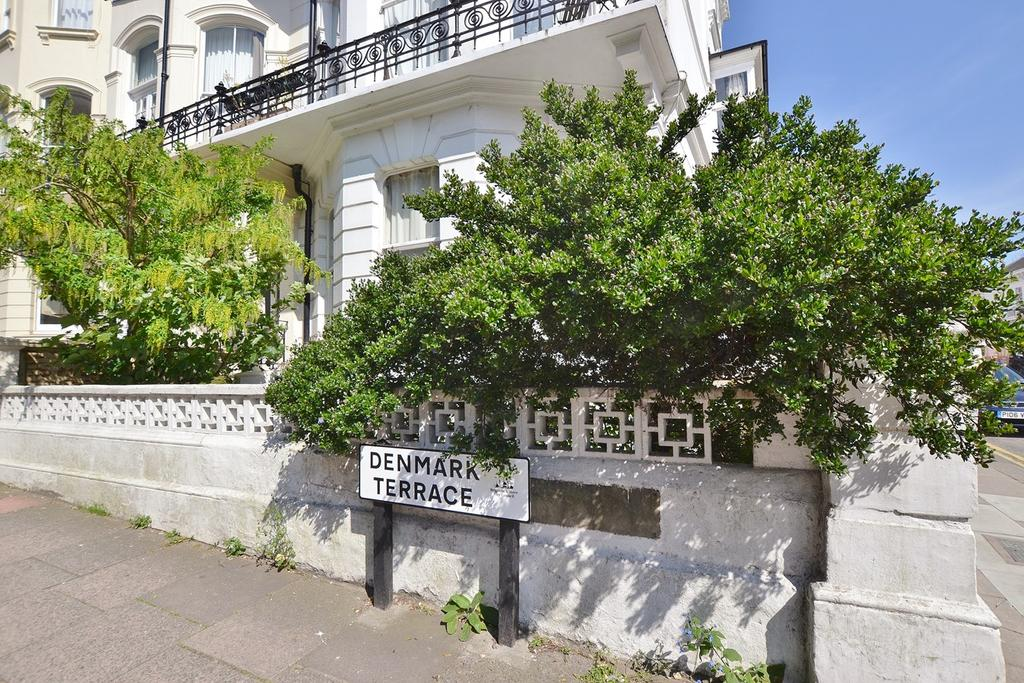 Denmark terrace brighton bn1 1 bed flat to rent 995 for Danish terrace