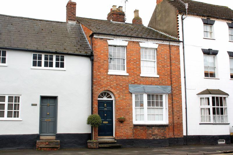 4 Bedrooms Town House for sale in High Street, Pershore