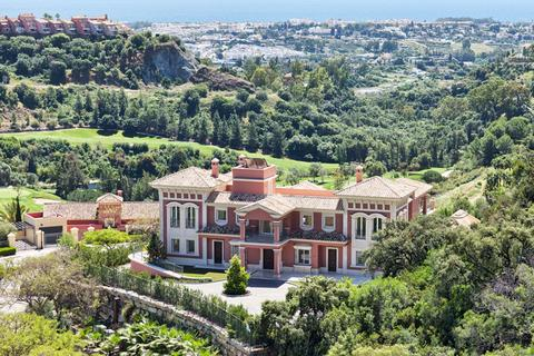 9 bedroom detached house - Benahavis, Andalucia, Spain