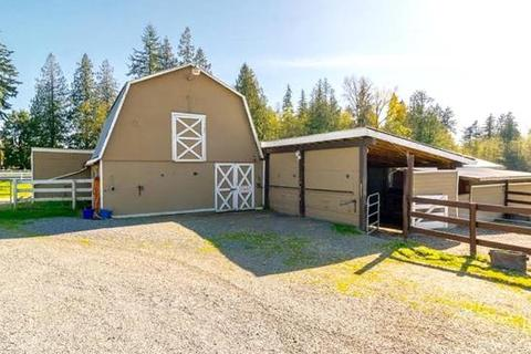 5 bedroom farm house  - 22290 4th Avenue, Langley, Campbell Valley