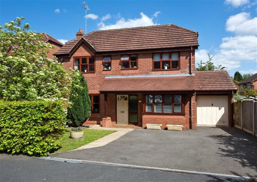 4 Bedrooms Detached House for sale in 11, Hellier Drive, Wombourne, Wolverhampton, South Staffordshire, WV5