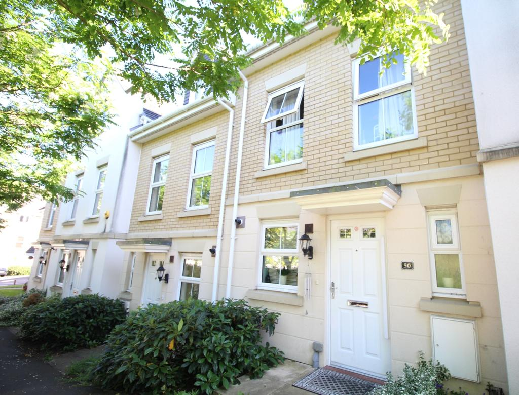 3 Bedrooms Town House for sale in Cochrane Drive Dartford DA1