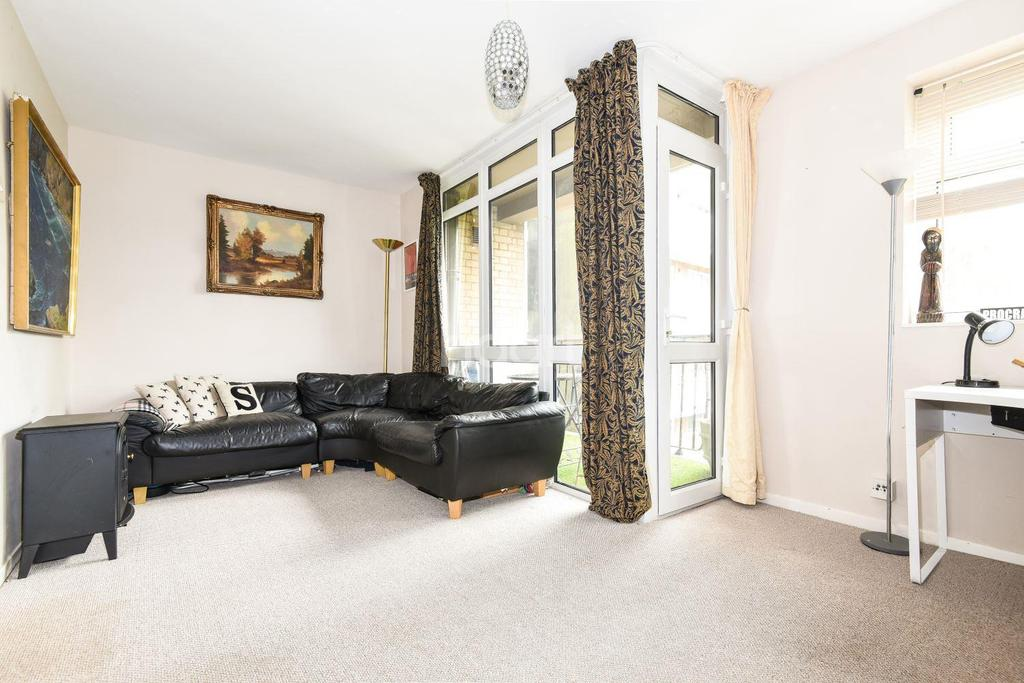 1 Bedroom Flat for sale in Countisbury House, Sydenham, SE26
