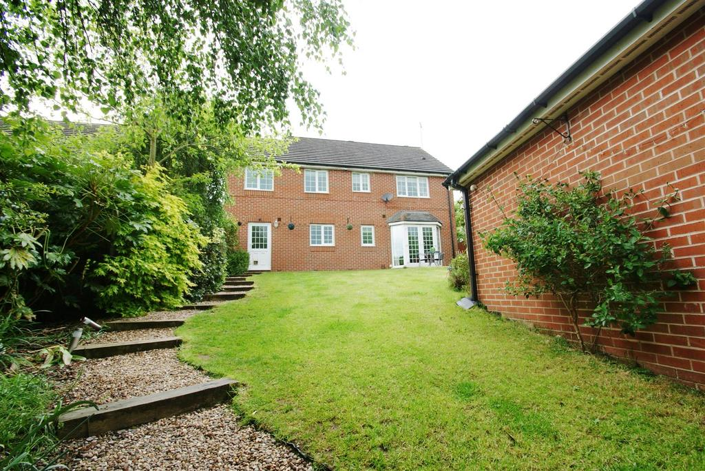4 Bedrooms Detached House for sale in Arborfields Close, Kenilworth