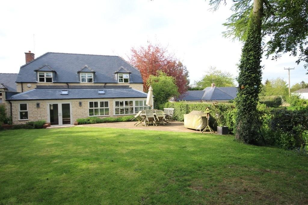 4 Bedrooms Detached House for sale in The Leas, Cottesmore