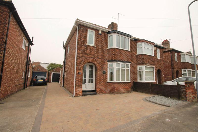 3 Bedrooms Semi Detached House for sale in Ridley Avenue, Acklam