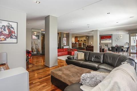 4 bedroom apartment  - 32/82 King Street, PERTH, WA 6000