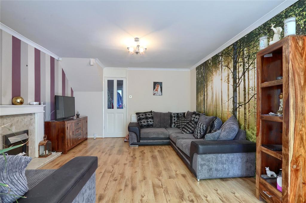 Newham  Bed Property To Rent