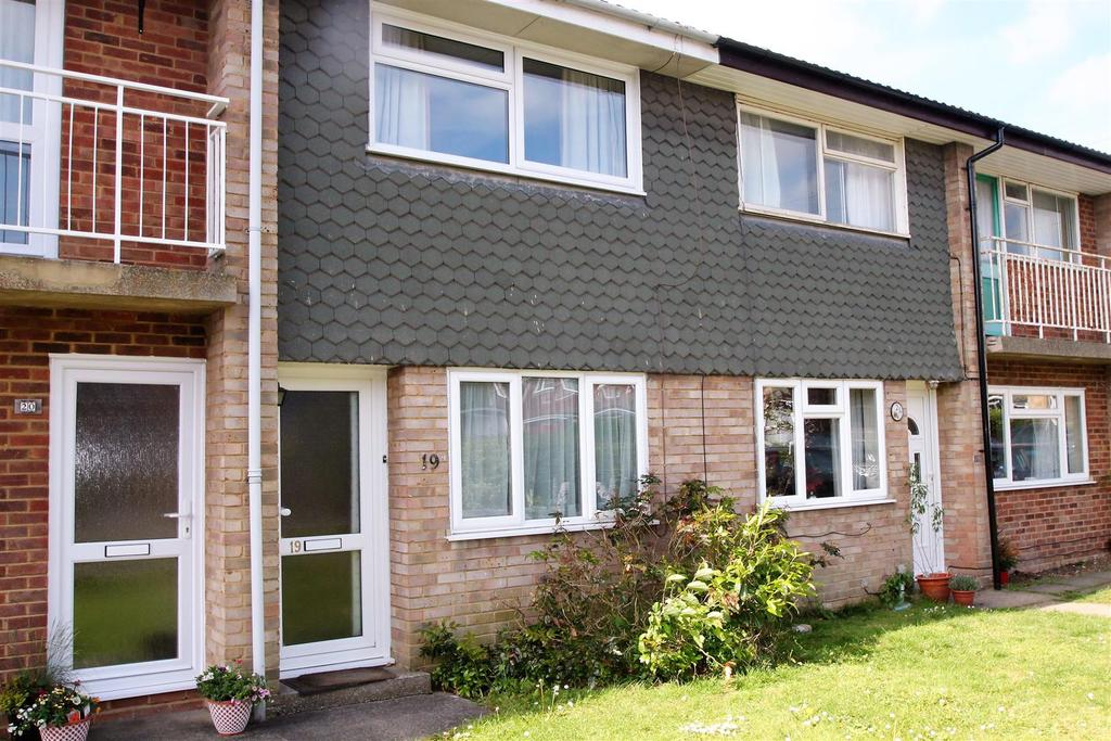 2 Bedrooms Apartment Flat for sale in Cudham Close, Maidstone