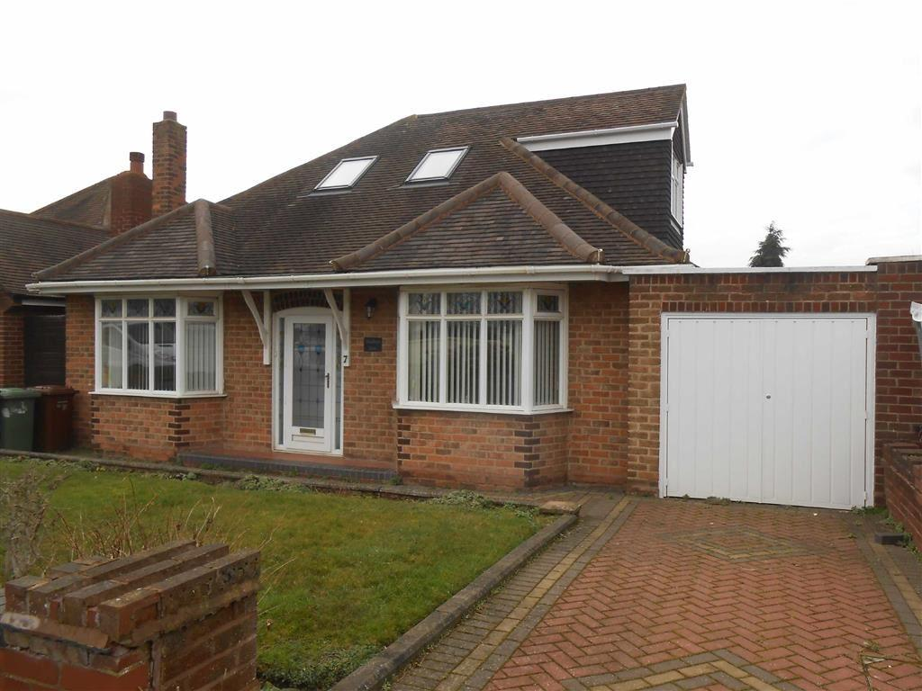 4 Bedrooms Detached Bungalow for sale in Westminster Road, Rushall, Walsall