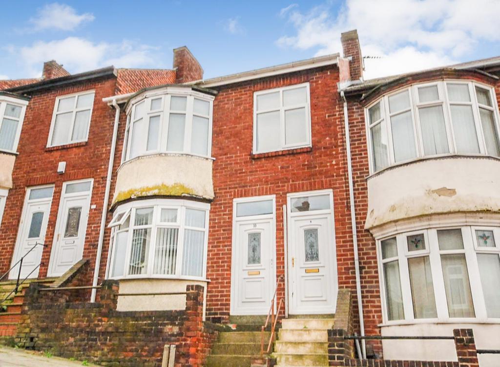 2 Bedrooms Flat for sale in Caris Street, Gateshead