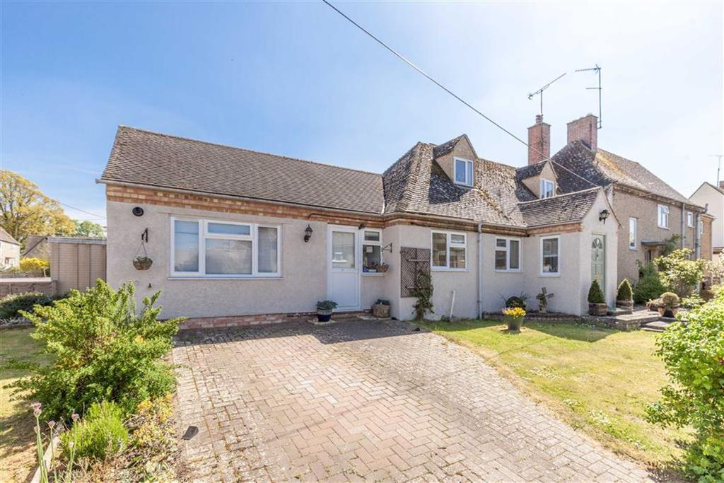 4 Bedrooms Chalet House for sale in St Michaels Close, Shipton-under-Wychwood, Oxfordshire