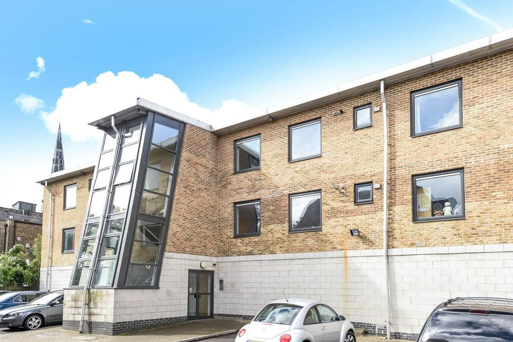 3 Bedrooms Flat for sale in Streamline Mews, East Dulwich, SE22