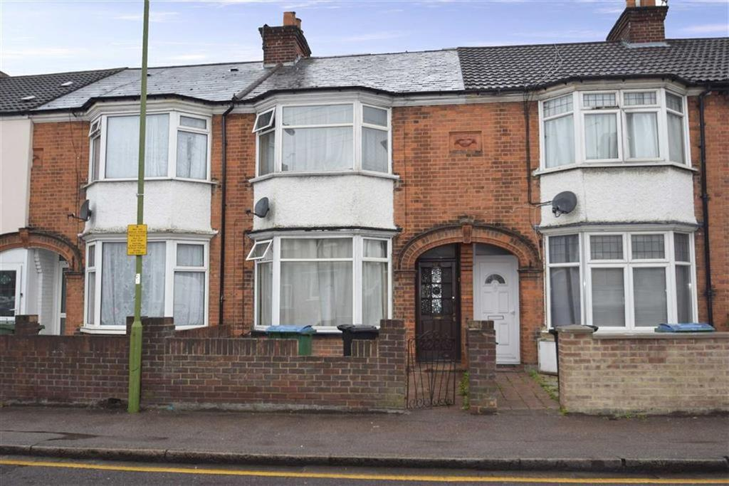 3 Bedrooms Terraced House for sale in Hagden Lane, West Watford, Herts