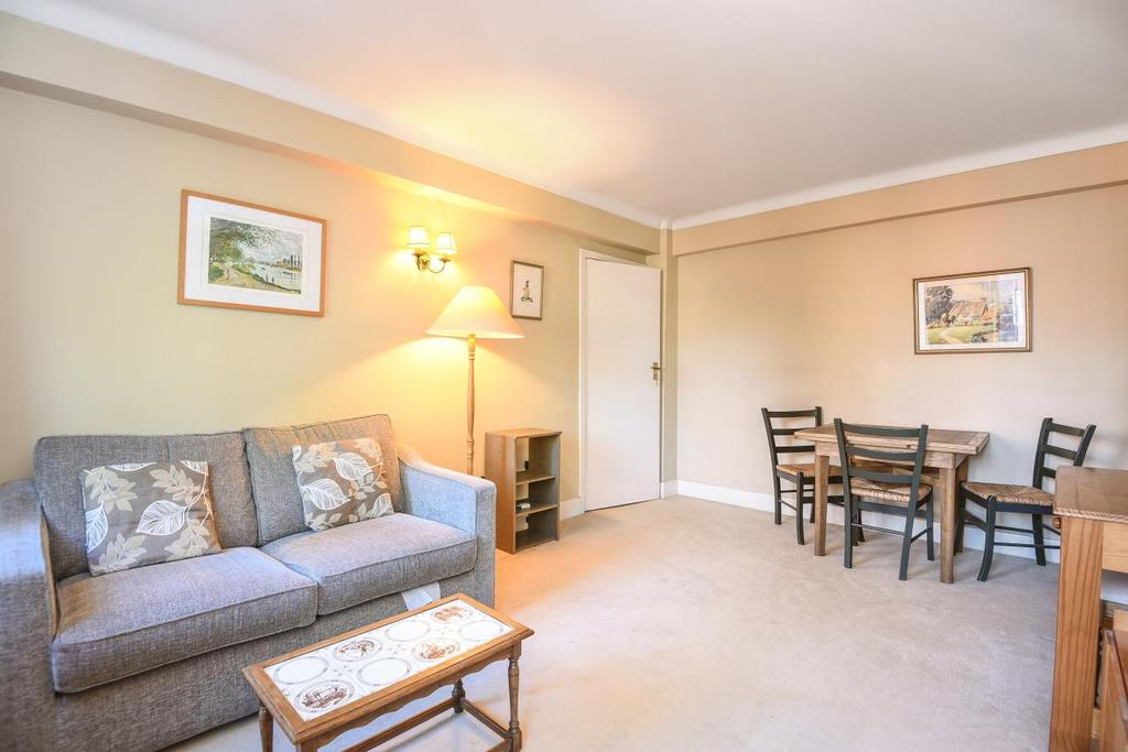 1 Bedroom Flat for sale in Goldhawk Road, Hammersmith, W6