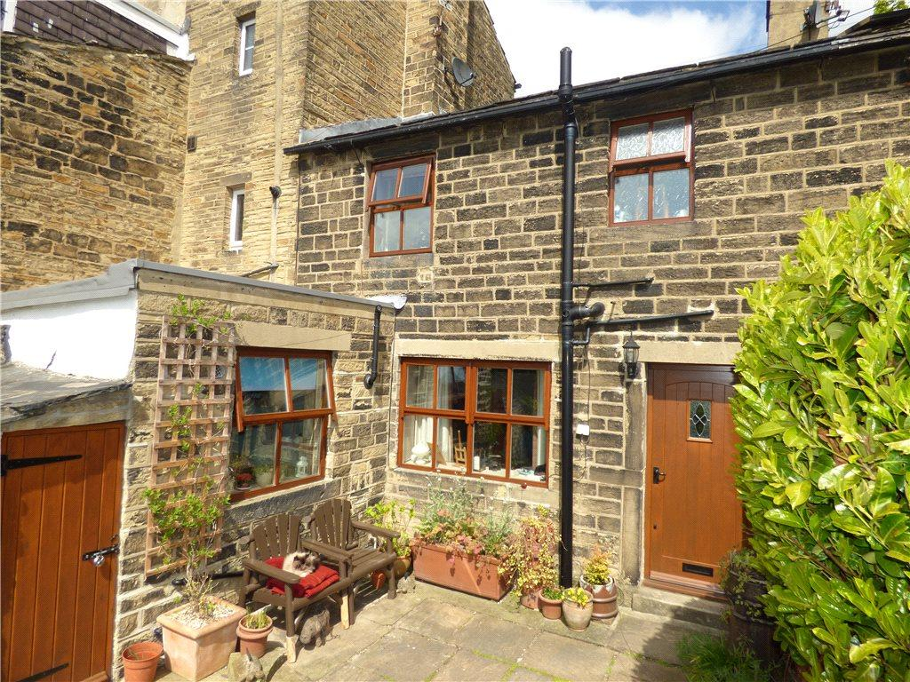 1 Bedroom Unique Property for sale in Heaton Royd, Bingley, West Yorkshire