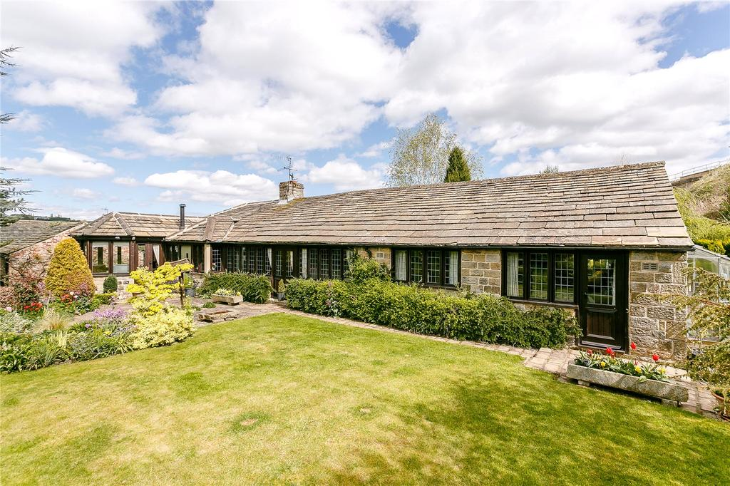 3 Bedrooms Detached Bungalow for sale in Castley Hall Barns, Castley Lane, Castley, Otley