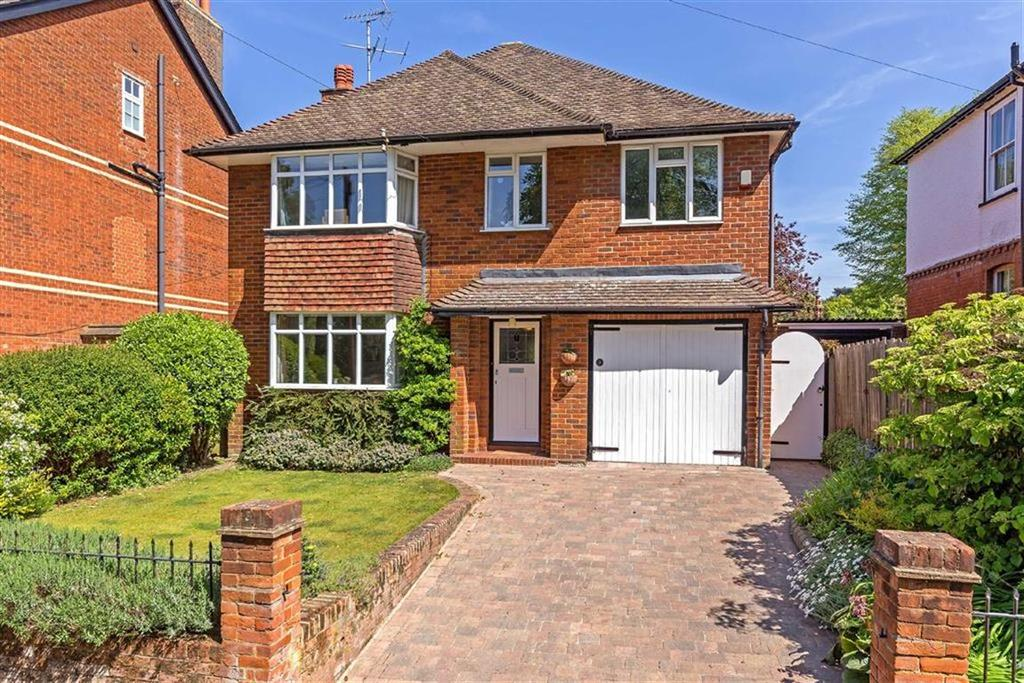 4 Bedrooms Detached House for sale in Highbury Road, Hitchin, Hertfordshire