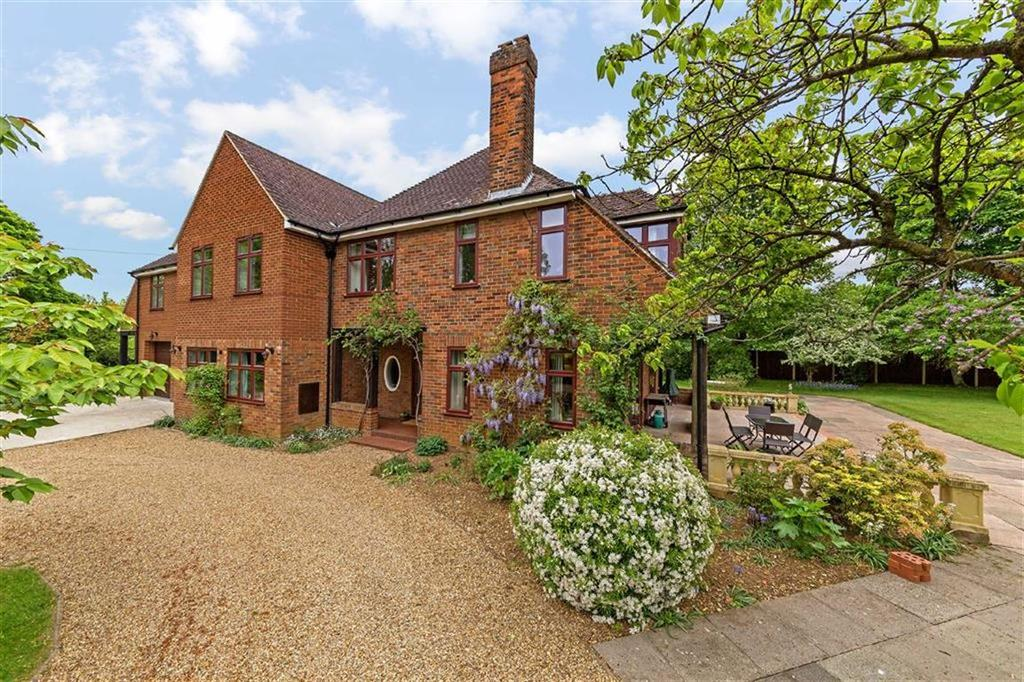 6 Bedrooms Detached House for sale in Sperberry Hill, St Ippolyts, Hertfordshire
