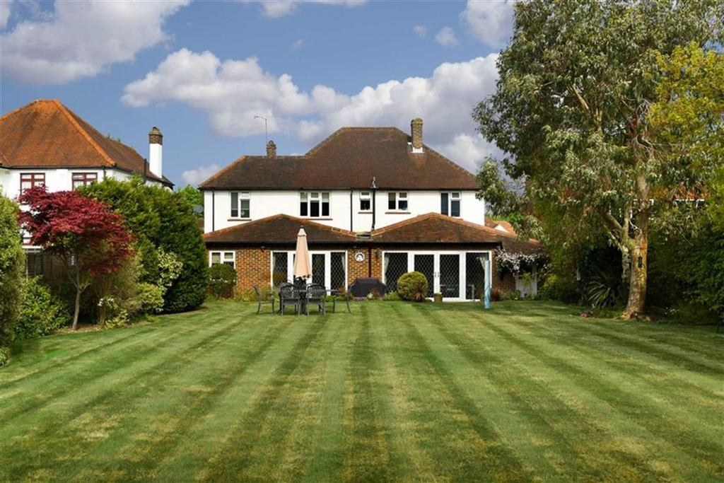 4 Bedrooms Detached House for sale in Woodside Road, Purley, Surrey