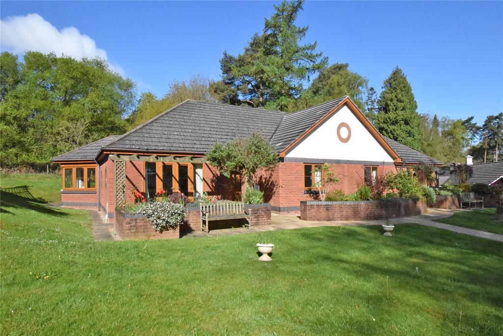 2 Bedrooms Retirement Property for sale in The Paddocks, Sidmouth Road, Honiton, Devon